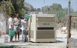 """Không cần dùng """"phân"""", người Israel tạo ra nước sạch từ nắng và gió: càng nóng, càng ẩm, càng tốt"""