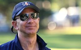 Ông chủ Amazon vừa kiếm được 18 tỉ USD trong 3 tháng, tương đương 200 triệu USD mỗi ngày, 8,3 triệu USD mỗi giờ