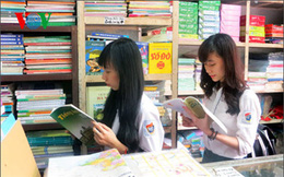 Nhiều bộ sách giáo khoa: Ai là người quyết định chọn sách để học?