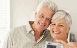 Tại sao phụ nữ lại sống thọ hơn nam giới?