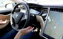 Tesla tiếp tục bỏ xa các đối thủ trong cuộc đua xe tự lái