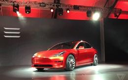 Tesla ra mắt Model 3: Chiếc ô tô điện có giá rẻ nhất
