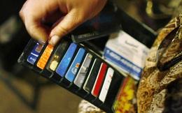 Dù vẫn rất yêu tiền mặt nhưng người Việt đang dùng thẻ ngày càng nhiều lên