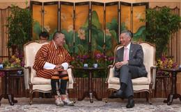 """Sau khi gặp Thủ tướng Bhutan, Thủ tướng Singapore Lý Hiển Long đã chia sẻ trên Facebook dòng tâm trạng nhận ngay 10.000 lượt """"Thích"""""""