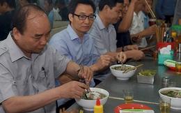 Khi Thủ tướng ăn sáng ở quán bình dân!