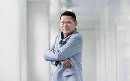 Tỷ phú Hoàng Kiều tụt 64 bậc trong danh sách Forbes 400
