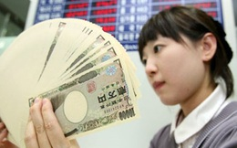 Chính phủ Nhật được trả thêm tiền khi đi vay