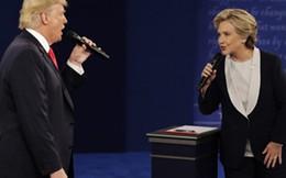 Bà Clinton nới rộng khoảng cách với ông Trump trước bê bối thư điện tử