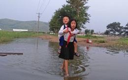 Những bức hình hiếm hoi chụp lại được cuộc sống ảm đạm hàng ngày của người dân Bắc Triều Tiên
