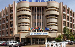 Dùng chất nổ tấn công giải cứu 12 con tin tại Burkina Faso