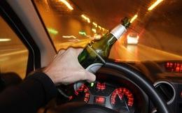 Từ 1/8, uống rượu lái xe có thể bị phạt tới 18 triệu đồng, tước bằng lái 6 tháng
