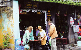 Vì sao du khách thắt hầu bao khi đến Việt Nam?