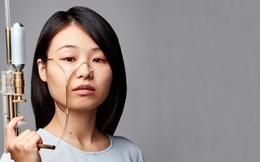Không muốn khóc là vô ích, cô gái này sáng chế thiết bị 'biến nước mắt thành vũ khí' đúng nghĩa