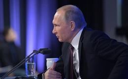 """1 câu trả lời thâm thúy, sắc sảo """"đúng phong cách Putin"""" khiến chuyên gia VN ấn tượng"""