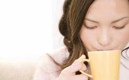 12 lợi ích không ngờ của việc uống nước nóng