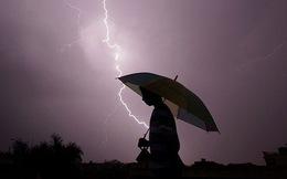Sét đánh vào mùa mưa bão: Hãy cẩn trọng và làm theo hướng dẫn của chuyên gia