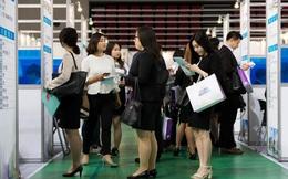Báo Mỹ ngỡ ngàng về một việc tất cả những người xin việc ở Hàn Quốc phải làm giống hệt ở Việt Nam: Phải cung cấp thông tin chiều cao, cân nặng...
