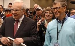 Nếu bỗng dưng mất tất cả và phải làm lại từ đầu, đây là điều Bill Gates và Warren Buffett sẽ làm