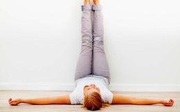 4 bài tập hiệu quả dành cho người khó ngủ: Mất 2 phút và ngay trên giường ngủ