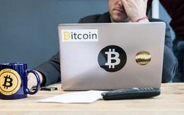 Bitcoin vượt ngưỡng 10.000 USD: Nên mua vào, bán ra hay giữ lại?