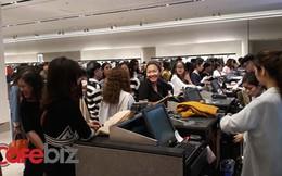Màn chào Hà Nội ấn tượng của Zara: Mặt sàn 4.500m2, 31 phòng thử đồ nữ kín người, khách xếp số bằng smartphone
