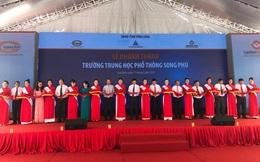 Học sinh Song Phú tỉnh Vĩnh Long khai giảng cùng niềm vui trường mới