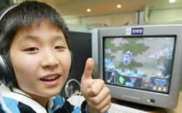 Trong khi bạn bè đều đã giải nghệ, cậu bé này vẫn miệt mài thi đấu StarCraft chuyên nghiệp và mãi 10 năm sau mới có chức vô địch nhờ lòng kiên trì hiếm ai bằng