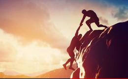 """3 chìa khóa và 5 phẩm chất giúp bạn luôn """"được lòng"""" người khác và gặt hái thành công"""