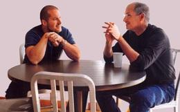 Jony Ive, chứ chẳng phải Tim Cook, hiện đang đảm nhiệm vị trí mà Steve Jobs từng nắm giữ tại Apple