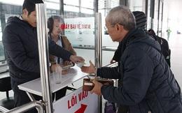 Buýt nhanh BRT đông khách ngày đầu thu phí