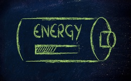 Lý giải định luật bảo toàn năng lượng chỉ với một đồng xu, vị phó giáo sư này giải thích dễ đến mức trẻ con cũng hiểu được