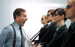 Tại sao nhiều lúc bạn luôn cảm thấy sếp độc đoán, ra quyết định chẳng theo một nguyên tắc nào cả?