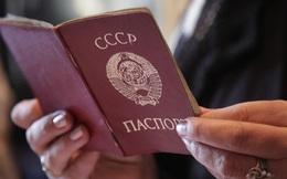 """Câu chuyện hy hữu """"công dân Liên Xô cuối cùng"""" và vấn đề mà cả thế giới đang đau đầu xử lý"""