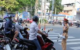 Công an TP.HCM công khai hình ảnh vi phạm giao thông trên Internet