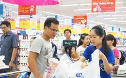 """Khi các đại gia mải đánh nhau ở kênh siêu thị, thì Saigon Co.op """"nhảy"""" vào kênh bán lẻ truyền thống, biến cửa hàng tạp hóa thành đại lý hiện đại"""