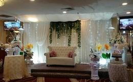 """Chủ nhân tiệc cưới """"dát vàng"""" sang trọng của cô dâu Việt lấy chồng ở Singapore là ai?"""