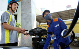 Hai bộ cảnh báo cẩn trọng nếu nâng thuế môi trường với xăng dầu