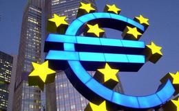 """Kinh tế khu vực Eurozone: """"Nóng"""" tăng trưởng, """"nguội"""" lạm phát"""