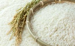 Nếu gạo A có tiếng và doanh số tốt, sẽ được trộn với loại rẻ hơn có hình dạng tương tự, người tiêu dùng không tài nào phân biệt được