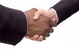 """Đàn ông nên giao tiếp thế nào cho """"nuột"""" ở nơi làm việc?"""