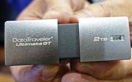 Chiếc USB 2TB này nhỏ chỉ bằng ngón tay, nhưng lưu trữ được nhiều hơn cả một chiếc MacBook