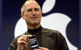 Từ sản phẩm cứu sống Apple 10 năm trước, iPhone nay đã trở thành cái bóng đè nặng gã khổng lồ