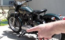 Dùng xe máy mỗi ngày nhưng vì sao chân chống nghiêng xe lại nằm bên trái - đố bạn biết!