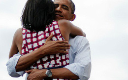 """Cựu tổng thống Mỹ Barack Obama là một người """"sợ vợ đến chết"""": Vì anh yêu em chân thành nên anh sẽ chăm sóc em tận tình"""