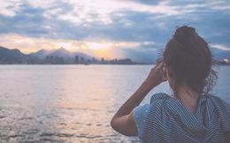 Điều tiếc nuối nhất: Đã cùng nắm tay vượt qua bao sóng gió nhưng lại chẳng thể ở bên nhau ngày bình yên