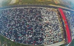 Tắc đường ở Việt Nam chưa là gì so với tắc 50 làn đường ở Trung Quốc
