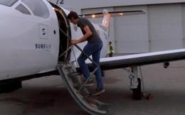 Người đàn ông này bắt máy bay đi làm mỗi ngày, lý do khiến ai cũng bất ngờ