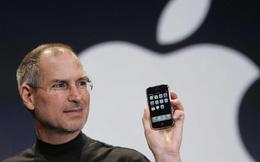 Đúng ngày này 10 năm trước, Steve Jobs đã ra mắt chiếc iPhone đầu tiên trước cả thế giới