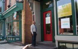 Vì sao quán cà phê này cho phép khách hàng được ăn ngon nhưng chỉ cần trả tiền theo khả năng?