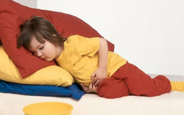 7 dấu hiệu ở trẻ, bố mẹ cần đưa ngay con đến bệnh viện